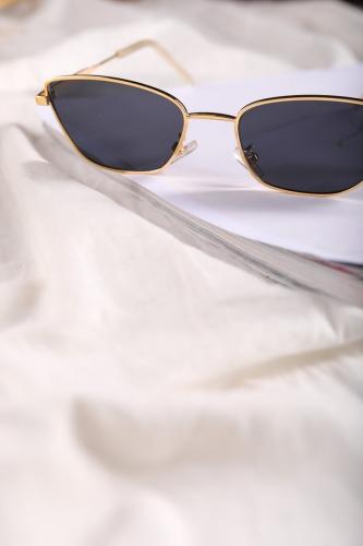 Cappmoda - AKS-17046 Gold Çerçeve Siyah Cam Güneş Gözlüğü (1)