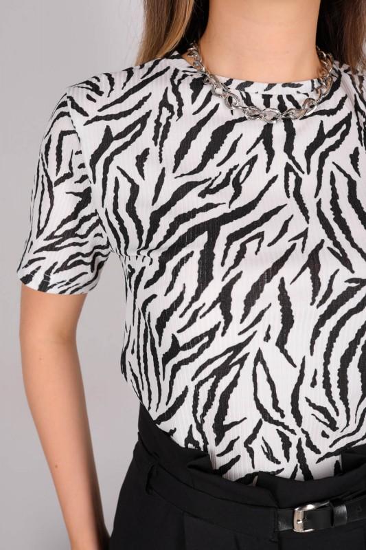 CPP-TSR-04116 Siyah Beyaz Zebra Desenli Crop Bluz
