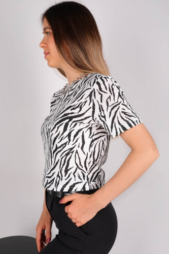 CPP-TSR-04116 Siyah Beyaz Zebra Desenli Crop Bluz - Thumbnail